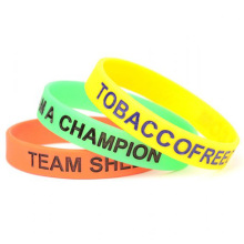 2016 Silicone Debossed Wristbands Filled Color
