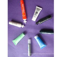 Tubo pequeno plástico 5ml com tampão diferente