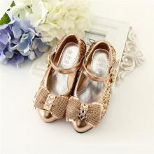 Dourado / cor de prata meninas sapatos nova chegada walker crianças sapatos calçado china atacado menina do bebê cunhas sandálias