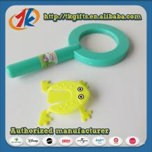 Jouet grossissant en plastique de grossiste de la Chine avec la grenouille de saut