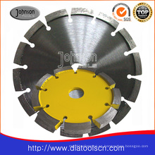 Remoción de superficie de concreto de la hoja de sierra de diamante