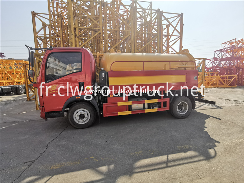 Suction Truck 9