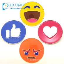 Wholesale Personalized Customized Metal Emoji Tack Badge Popular Cartoon Cute Custom Enamel Smiley Face Sparkle Mini Emoji Lapel Pins for Sale