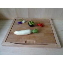 Placa de corte de madeira de borracha vegetal com aço inoxidável Handle Ring