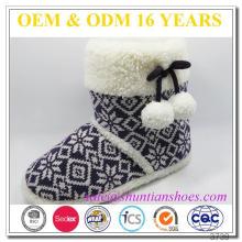 La dernière mode à la mode tricotée bottes pantoufles pour les filles Femmes