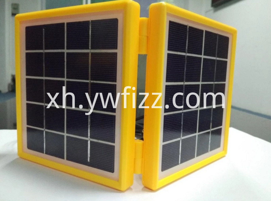 Small Solar Panels with Plastic Borders