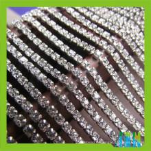 Material de cristal plateado oro y plateado ss6 / ss10 / ss16 Corte de cadena rhinestone de la taza, cierre recortador de cadena cristalino de la taza