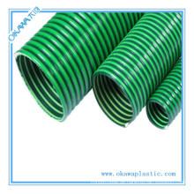 PVC Saugschlauch zum Transport von Pulver oder Wasser in der Landwirtschaft