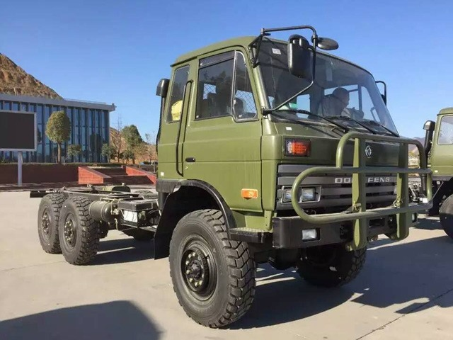 6×6 military concrete mixer lorry