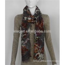 Lenço de impressão de flores de lã leve