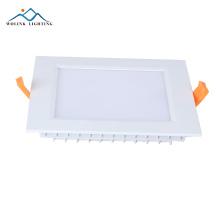 Le panneau de secours rechargeable de LED SMD 2835 6w a mené la lumière
