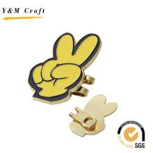 2016 Victory Sign Badges and Clamps Pin de solapa para regalos de niños