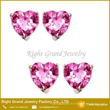 Boucles d'oreilles en acier inoxydable chirurgical en forme de coeur rose en forme de coeur serti de zircons 316L
