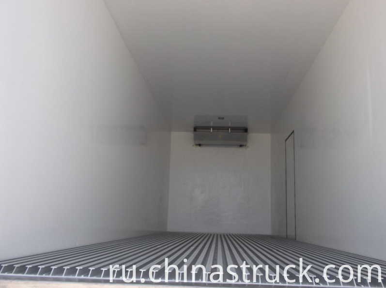 Refrigerated truck van inner picture