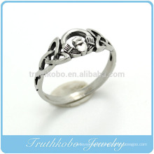 TKB-R0048 Stainless Steel Continuous Heart Link Knot Cast Ring