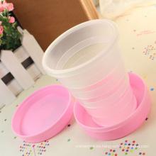 2015 venta caliente presente plástico beber taza taza plegable de viaje