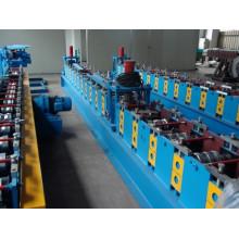 Machine d'obturation rouleau acier/aluminium avec volet roulant mousse/PU PU profileuse