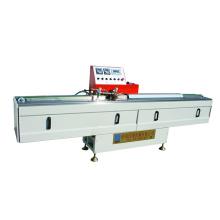 Butyl Extruder Maschine zur Herstellung von Isolierglas.