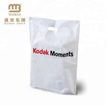 La vente au détail polychrome de couverture imprimée a découpé les sacs au détail en plastique de poignée découpés avec des matrices