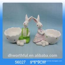 Coupe d'oeuf en céramique en forme de lapin pour le jour de Pâques