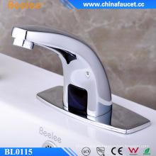 Sanitärkeramik Hände frei automatische Waschbecken Infrarot Wasserhahn