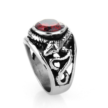 Cincin ruby ​​berlian antik baja antik