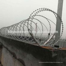 Fil de fer barbelé de rasoir en spirale usine anping galvanisé fil de rasoir BTO22 concertina fil de rasoir