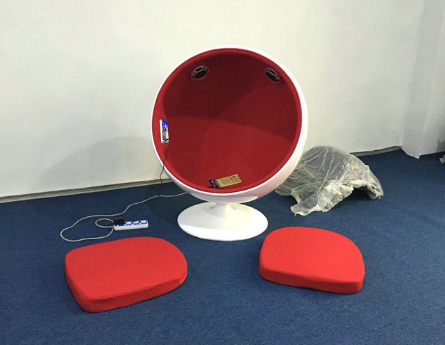 ball chair with two speaker