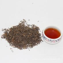 Chá verde natural fino e ingredientes finos do chá da porcelana