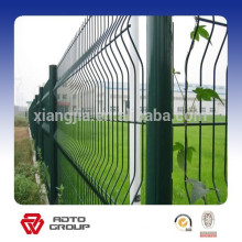 High strength and security triangular bending wire fence