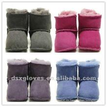 Zapatos de bebé del clima frío