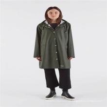 Capa de chuva adulto de poliuretano com botão e capuz