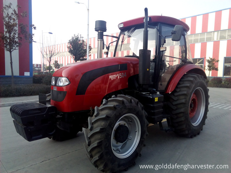 Wheeled tractor 1504