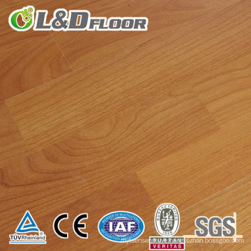 AC3 High Quality and Best Price 12mm Unilin Click 100% Waterproof Wooden E1 Grade HDF High Gloss Vintage Oak Laminate Floor