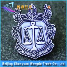 Produits les plus vendus Custom Made High Quality Metal Lapel Pin Badge avec votre logo