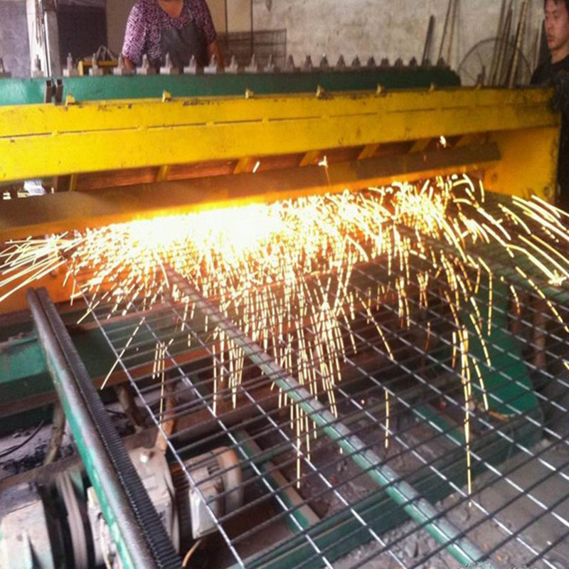 welded wire mesh production