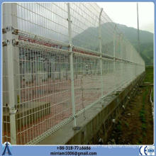 PVC coated double loop bending fence 1x1.2m panel size 4mm diameter 50x150mm mesh size wire fencing