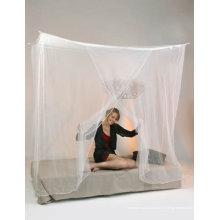Canopée / moustiquaire à l'abri des insecticides