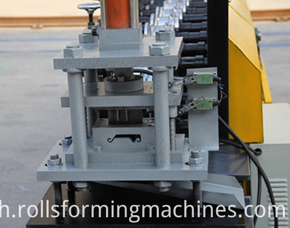 Shutter Flat Making Machine