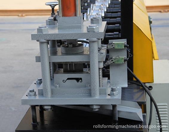 Shutter Flat Making Machine