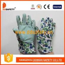 Kinderhandschuhe mit grünen Punkten auf Palm Dgk114