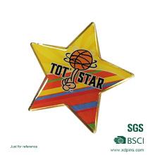 Épinglette adaptée aux besoins du client d'étoile de football en métal pour le souvenir (xd-9044)