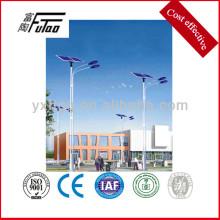 Postes de iluminación pública con postes
