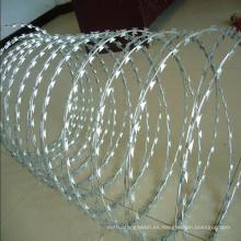 Alambre de púas galvanizado de la alta calidad para la cerca