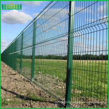 2016 vente chaude haute qualité Chine usine iso14000garden fournitures clôture maille métallique
