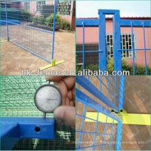 Clôture de construction temporaire enduite de poudre de 6 pieds incluant les connecteurs supérieurs et la base