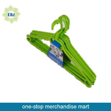 green 5pc plastic hangers