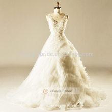 White Lace V-line Cake Robe de mariée avec bretelles robe de balle traînante