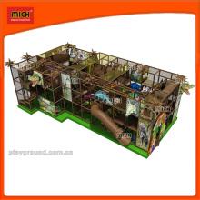 Équipement d'aire de jeux pour enfants à l'intérieur