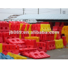 water horse plastic barrier